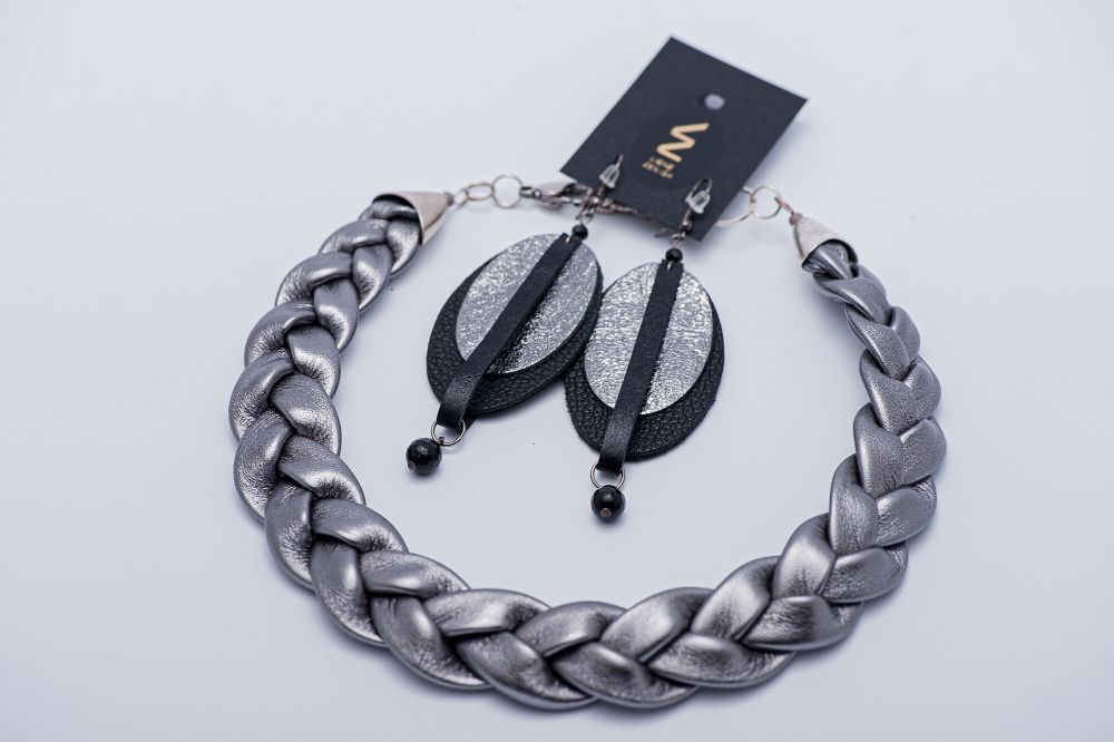 leather jewelry set