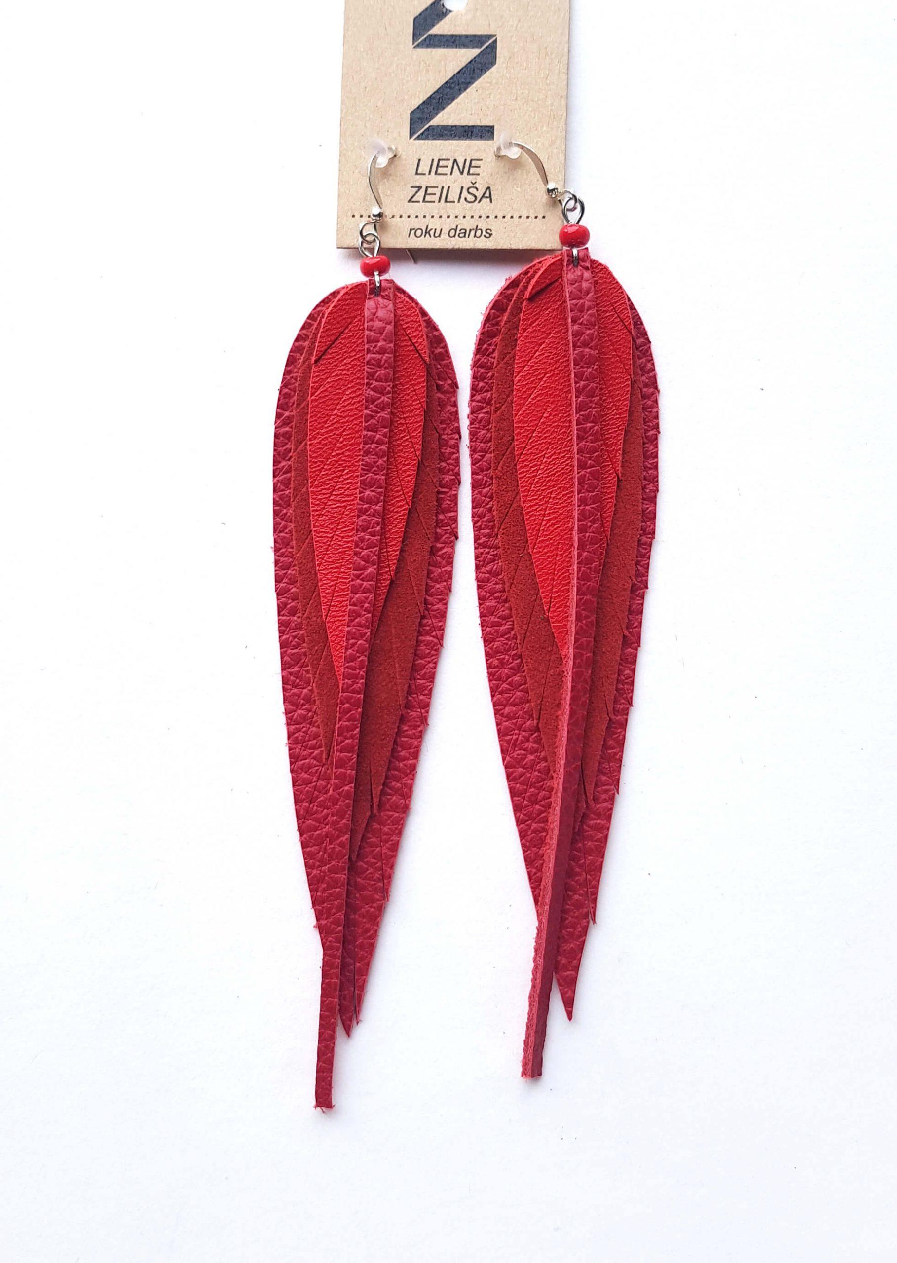 sarkani lapu auskari M